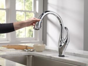Delta社製キッチン水栓 Addison